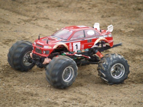 A Little Smaller But Incredibly Fun Rc Formula Offroad Truck It Has Pretty Similar Characteristics As The Full Size Versions
