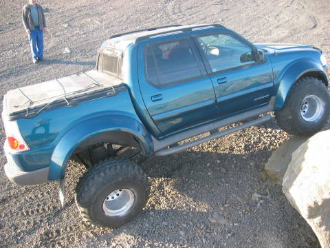Lifted Ford Sport Tracs? - Nissan Frontier Forum