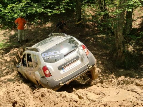Dacia Duster Beyond The Limits Gt Gt 4x4 Off Roads