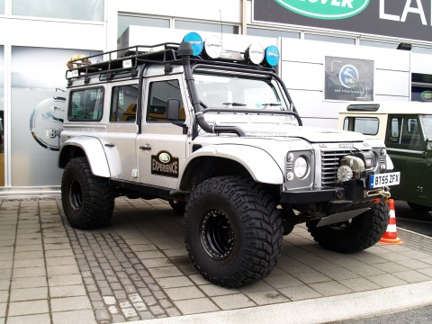 Land Rover 60 Years Anniversary > 4x4 Off Roads! 4x4 Off Roads
