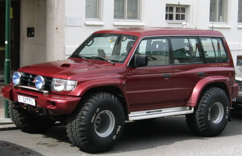 Pajero Soft Top >> Mitsubishi Pajero 1996 Modified