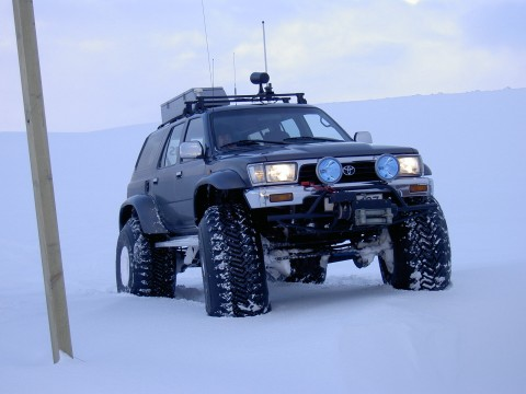 Toyota 4Runner - 4x4 on 44 Inch Tires